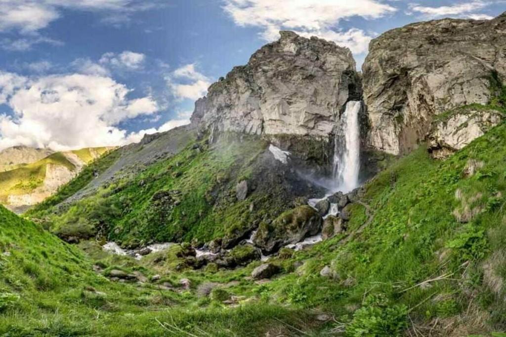 Водопад Султан Джилы-Су